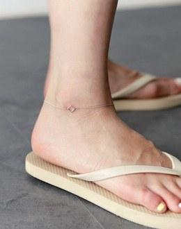 Syuit anklets