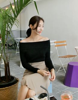 Off shoulder knit (* 4color)