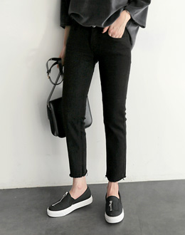 Dell Black pants