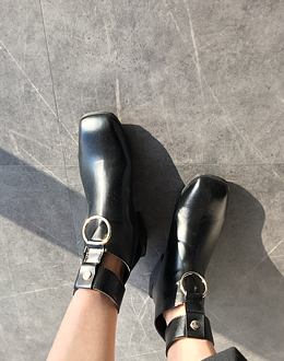 Deco ring shoes