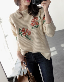 Embroidered knit (* 2color)