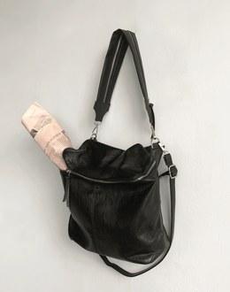 Rib zipper bag