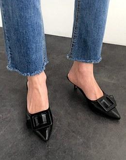 lex buckle shoes