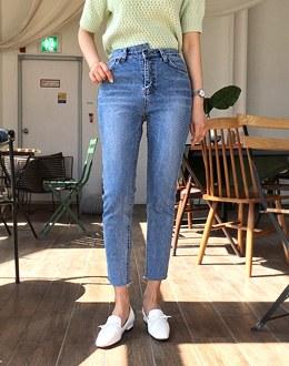 Clean pants