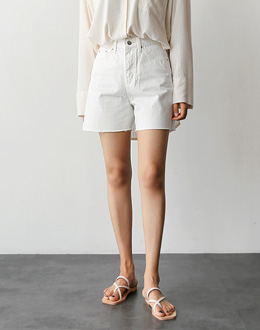 Corinthian short pants