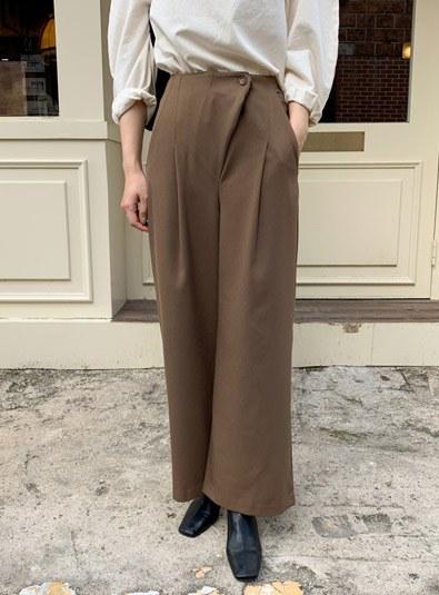 Slick diagonal pants (*2color) Brownm