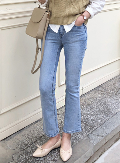 Light blue Romi Boot cut pants [M same day delivery]