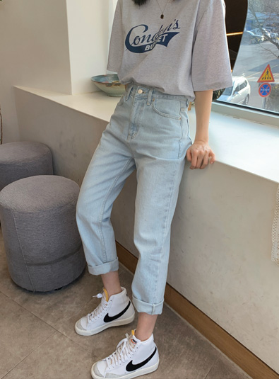 Low nji Light blue pants